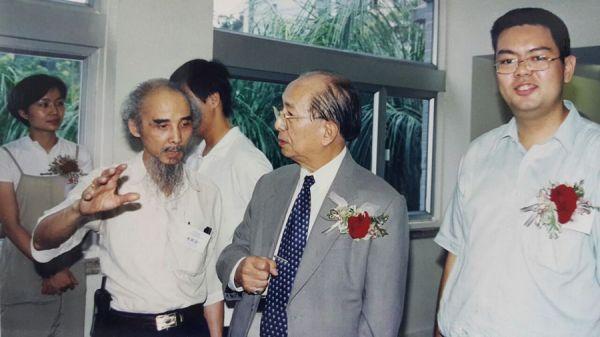 陳校長與張若瑟在展覽場